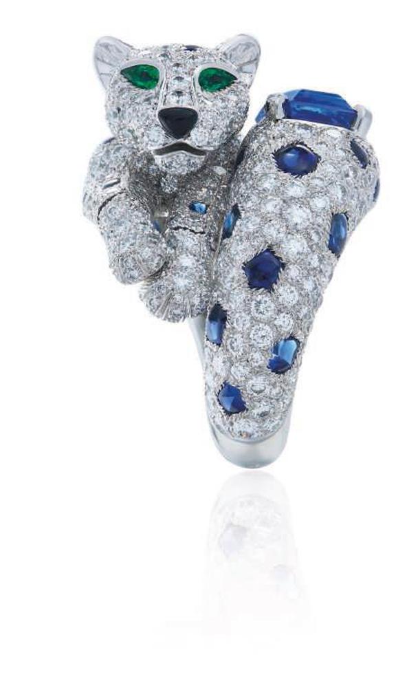 Cartier. Ring 'Panthère'. Saphire Diamanten Smaragde Onyx